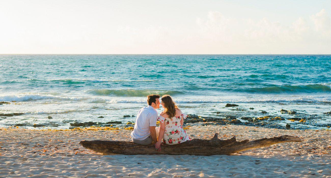 Couples-Wedding-title700